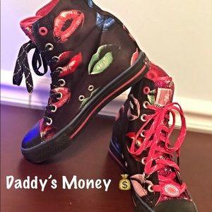 💋Daddys Money 💰 wedge sneakers EUC size 7.5